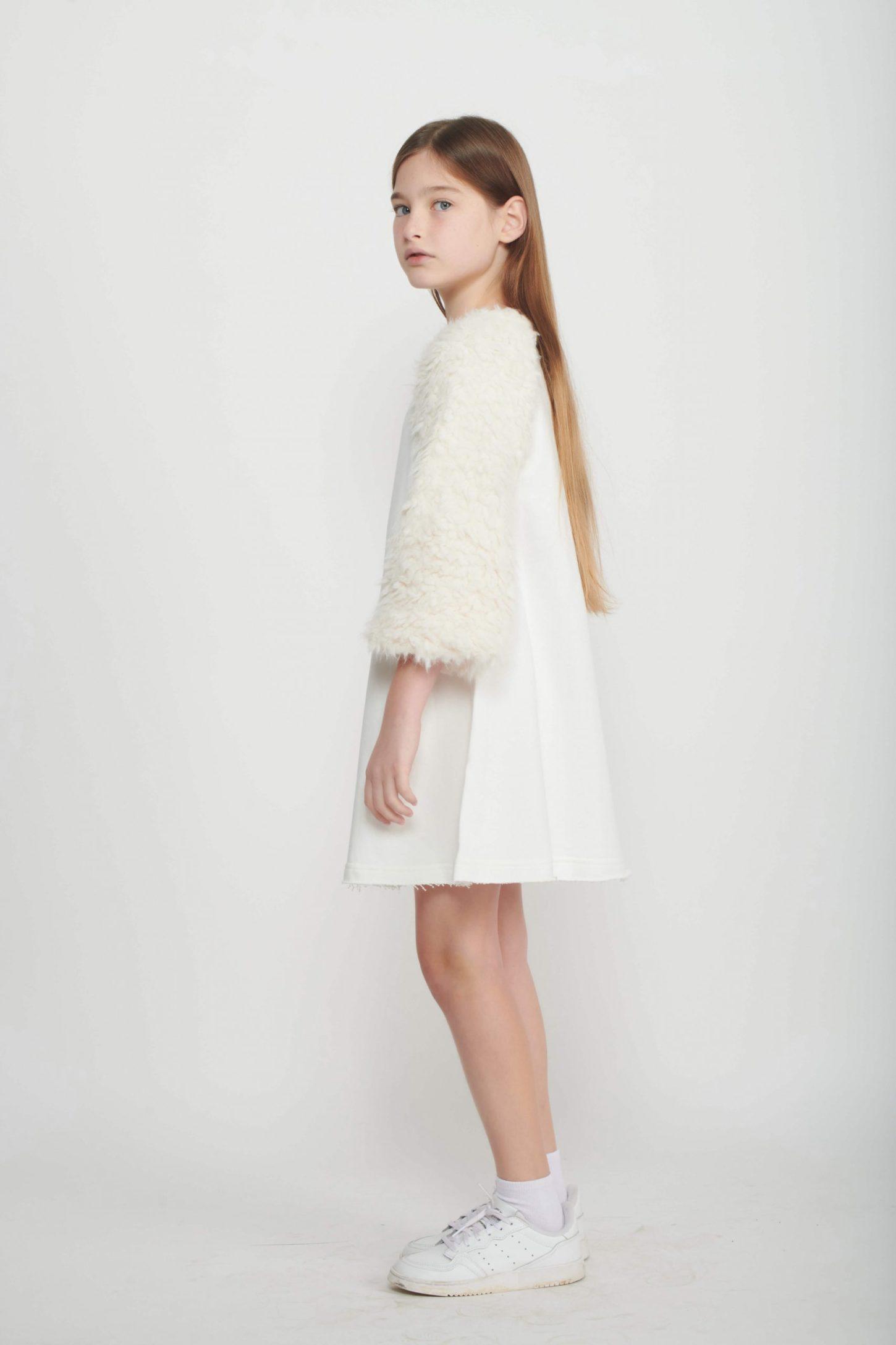 שמלת White A-Line Fur לילדות
