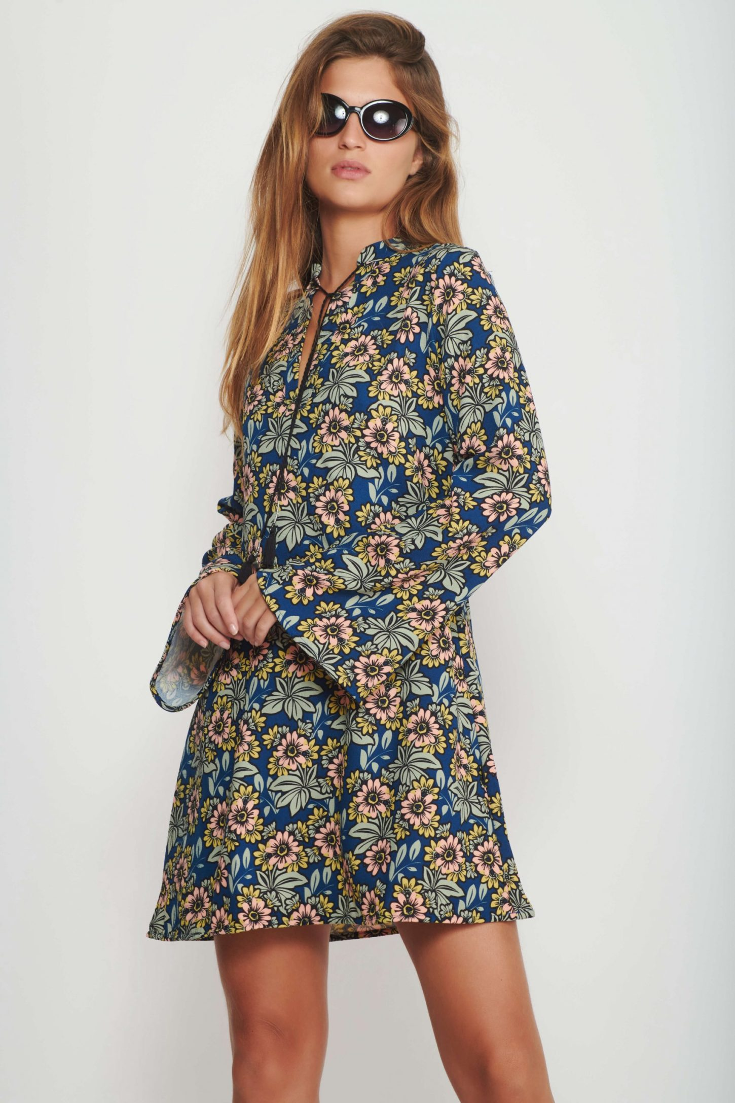 שמלת Flower 60's לנשים