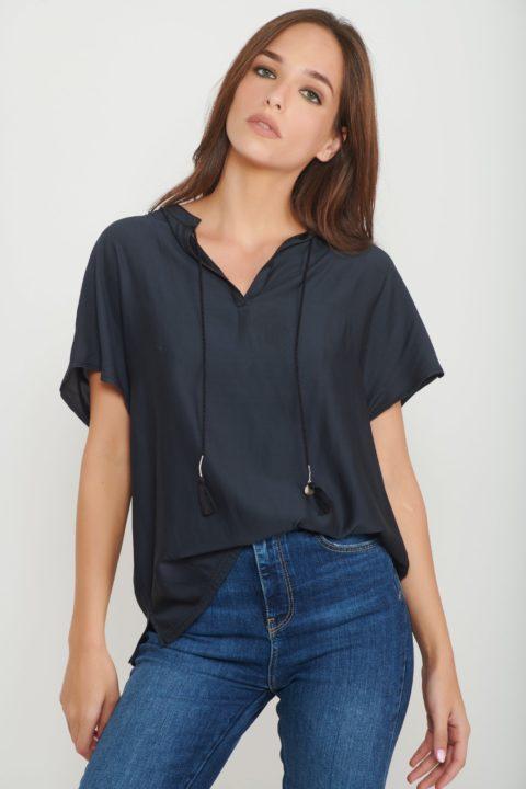 חולצת Black Silk לנשים
